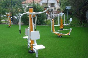 modern kültéri fitness eszközök